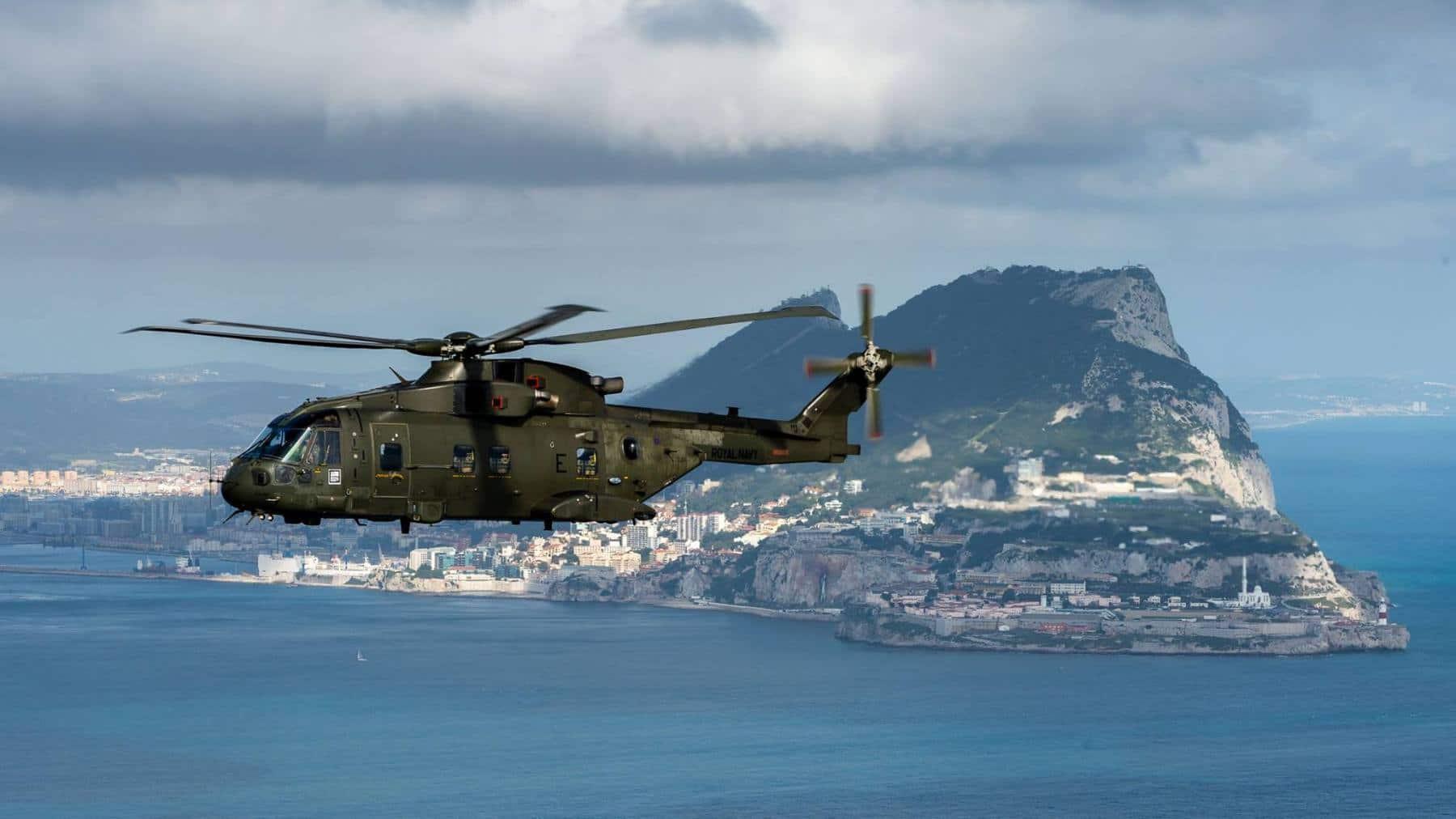 15-de-enero-2016-simulacro-de-rescate-con-helicpteros-merlin-mk3-en-gibraltar-15_23770226994_o