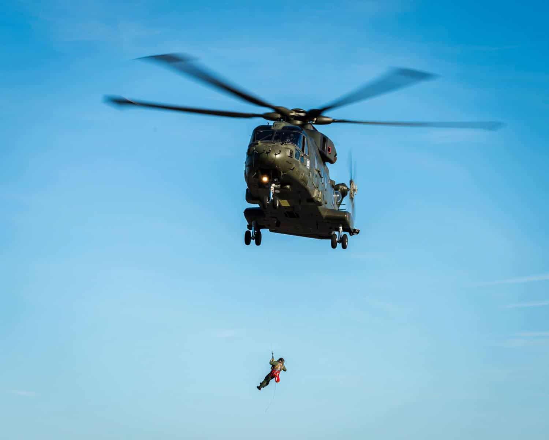 15-de-enero-2016-simulacro-de-rescate-con-helicpteros-merlin-mk3-en-gibraltar-19_23770224924_o