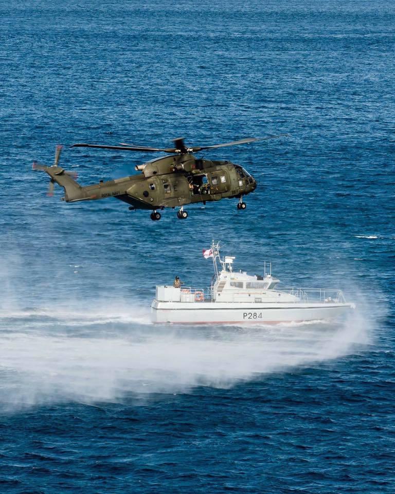 15-de-enero-2016-simulacro-de-rescate-con-helicpteros-merlin-mk3-en-gibraltar-21_23770224444_o
