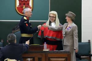 160119 Jura del Gobernador Tte General Edward Davis (repetida)