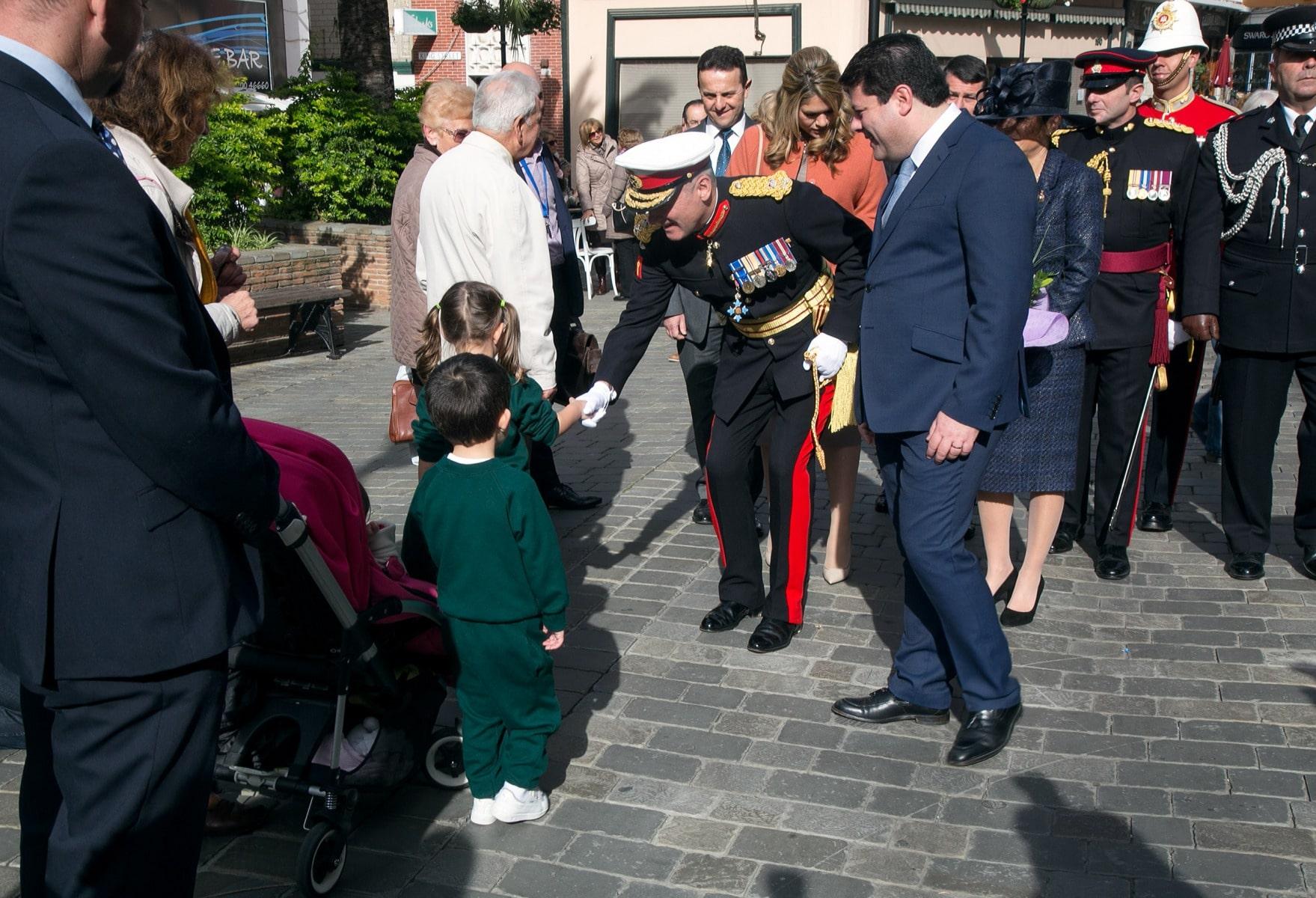 gobernador-de-gibraltar-edward-davis_23870203443_o