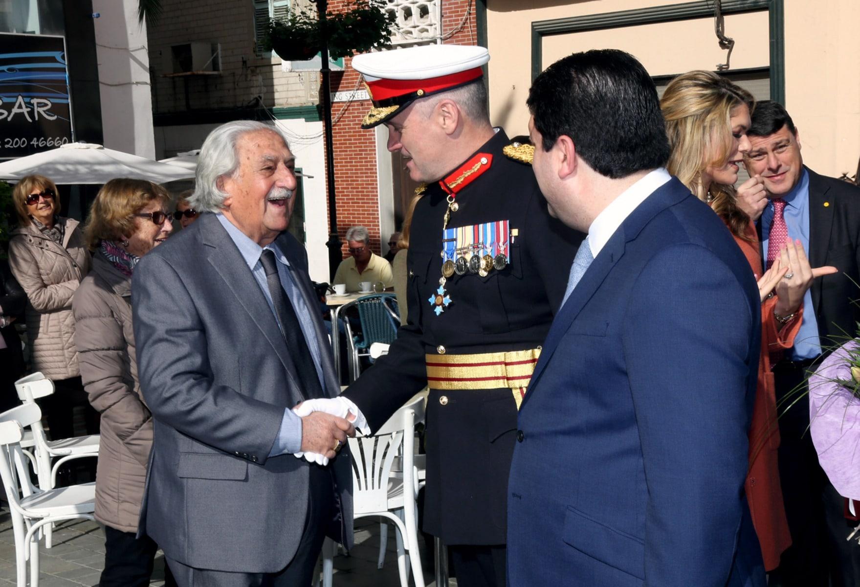 gobernador-de-gibraltar-edward-davis_23870203653_o