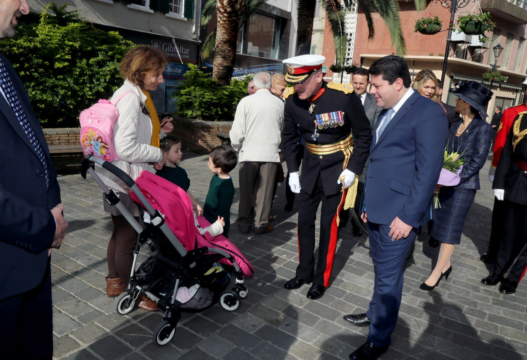gobernador-de-gibraltar-edward-davis_24129248749_o