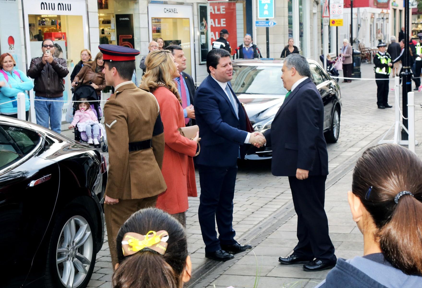 gobernador-de-gibraltar-edward-davis_24201465190_o