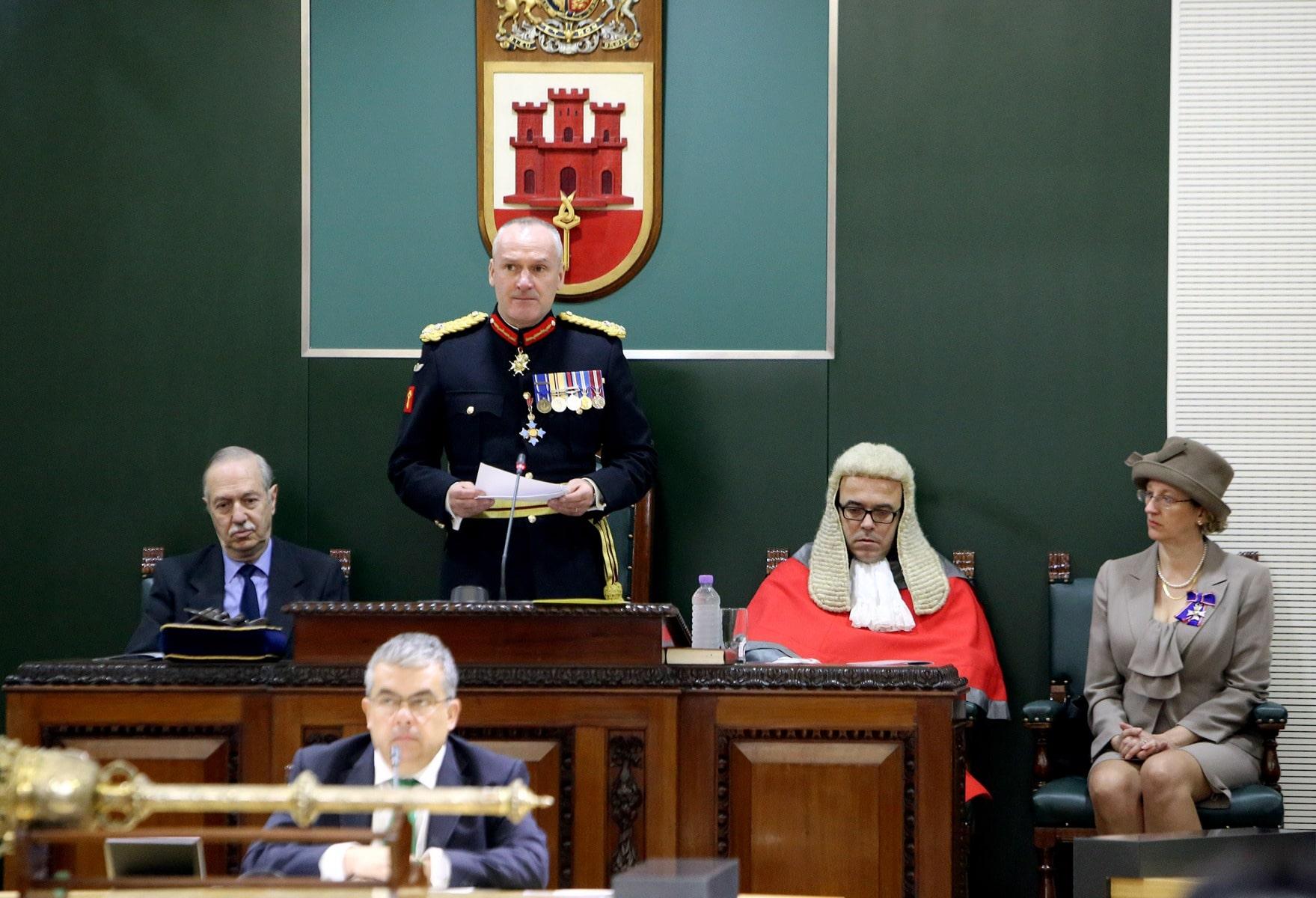 gobernador-de-gibraltar-edward-davis_24496999075_o