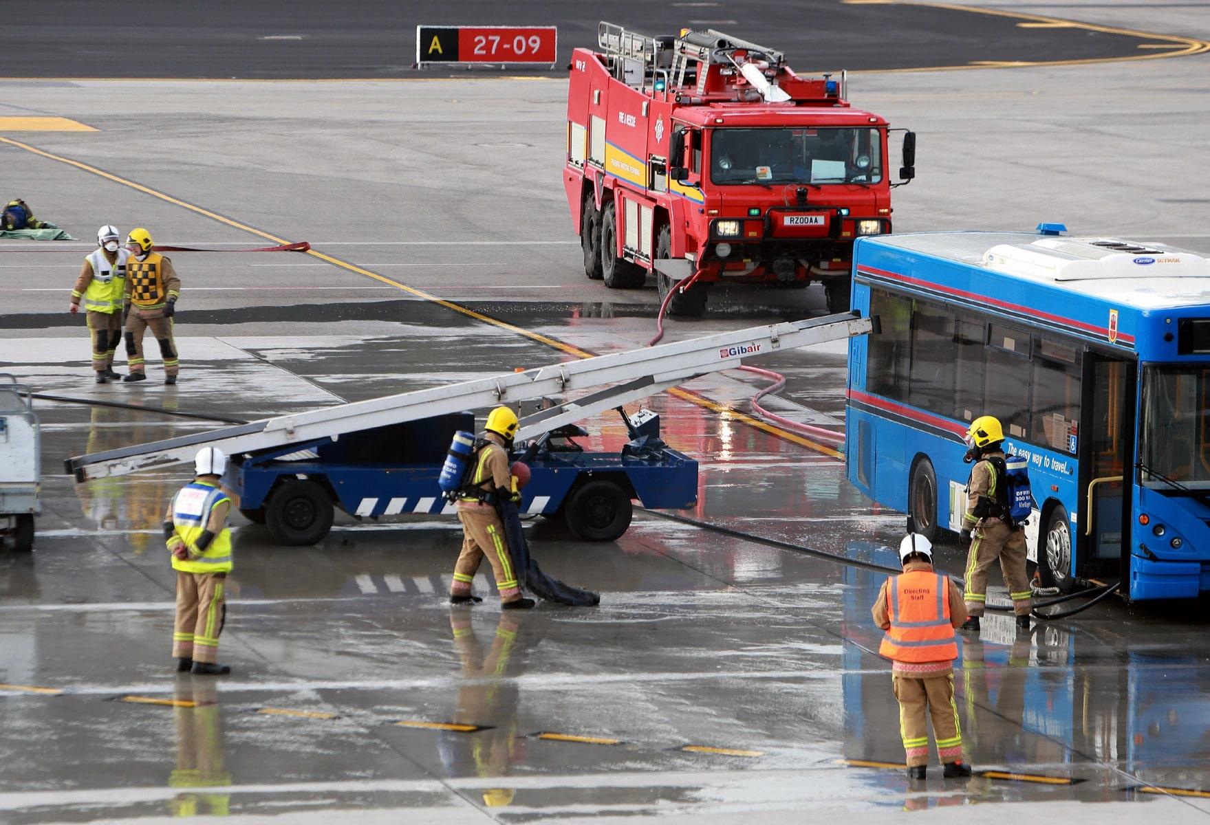09-feb-2016-simulacro-de-incidente-en-el-aeropuerto-de-gibraltar_24286854364_o