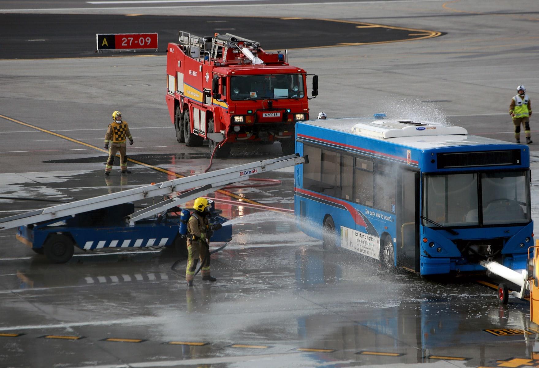 09-feb-2016-simulacro-de-incidente-en-el-aeropuerto-de-gibraltar_24288112443_o
