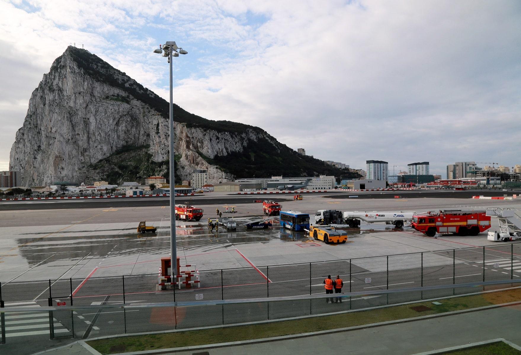 09-feb-2016-simulacro-de-incidente-en-el-aeropuerto-de-gibraltar_24547370469_o