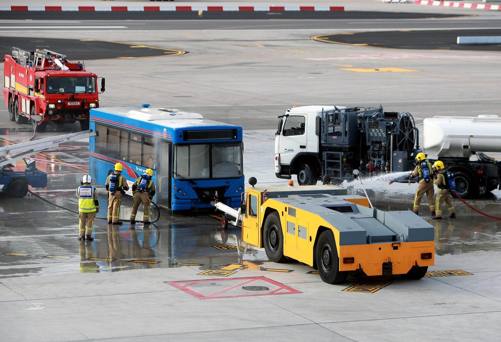 09-feb-2016-simulacro-de-incidente-en-el-aeropuerto-de-gibraltar_24619511350_o