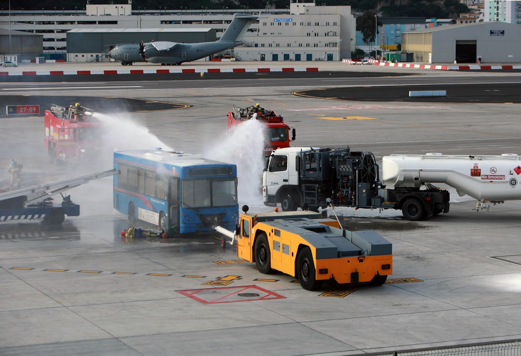 09-feb-2016-simulacro-de-incidente-en-el-aeropuerto-de-gibraltar_24797044212_o