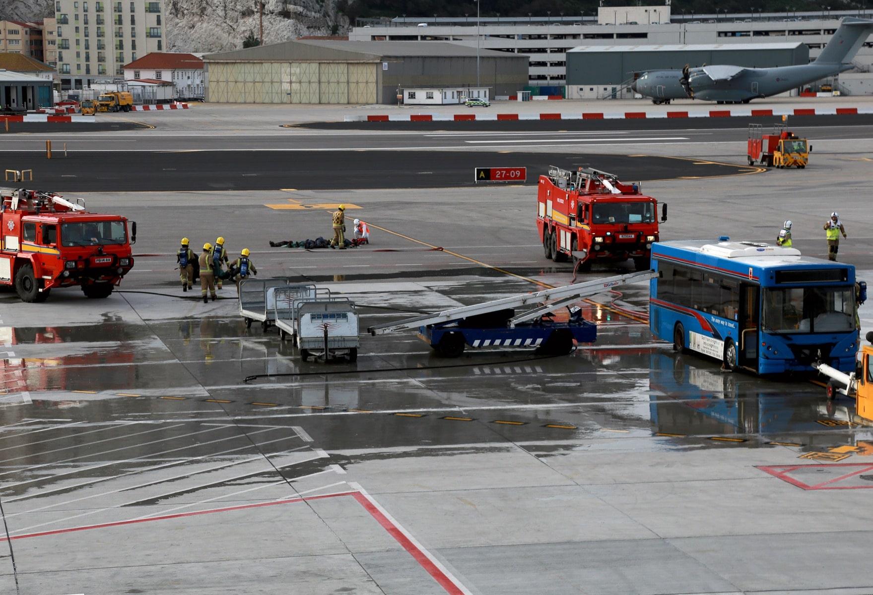 09-feb-2016-simulacro-de-incidente-en-el-aeropuerto-de-gibraltar_24821641881_o