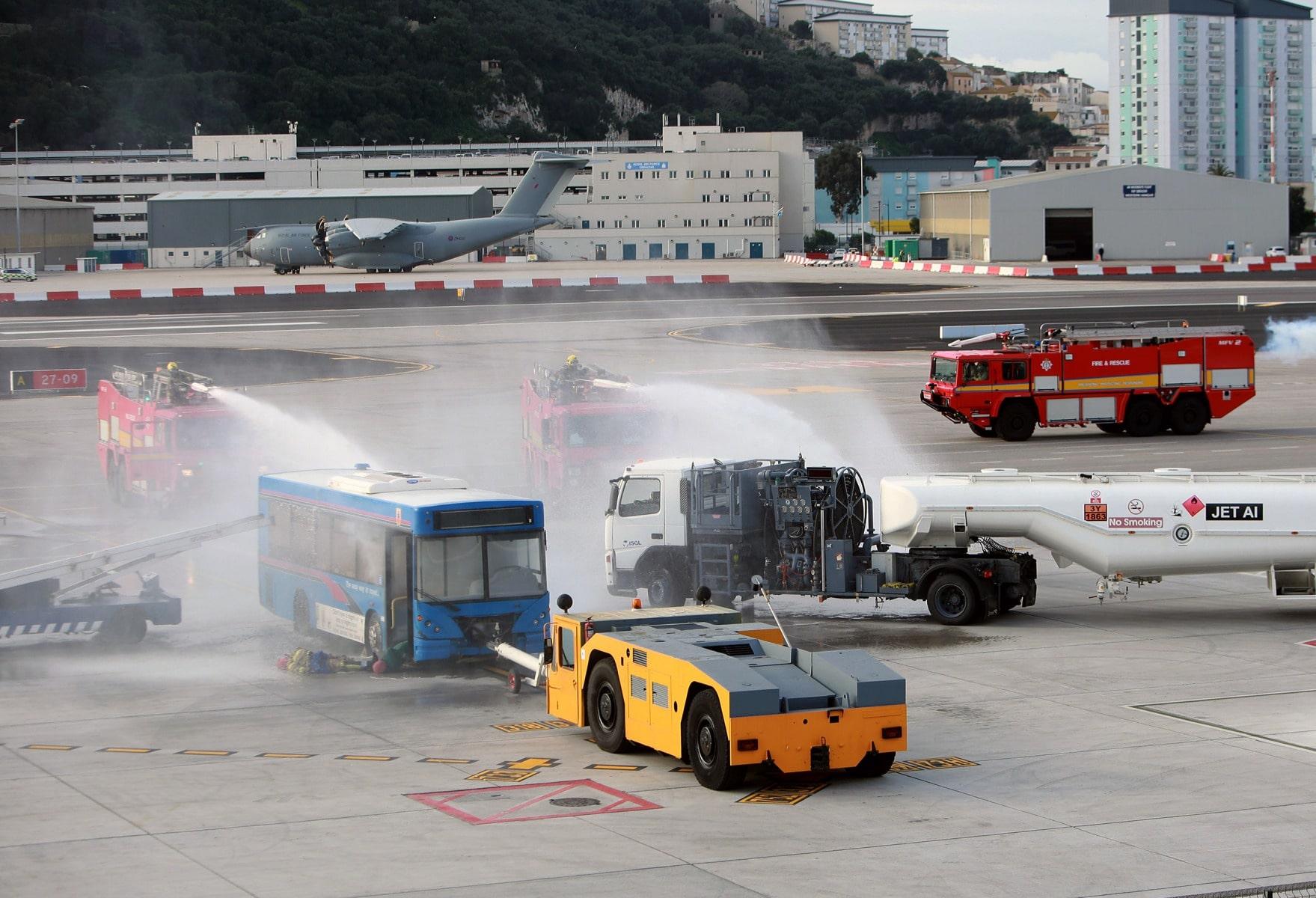 09-feb-2016-simulacro-de-incidente-en-el-aeropuerto-de-gibraltar_24888688136_o