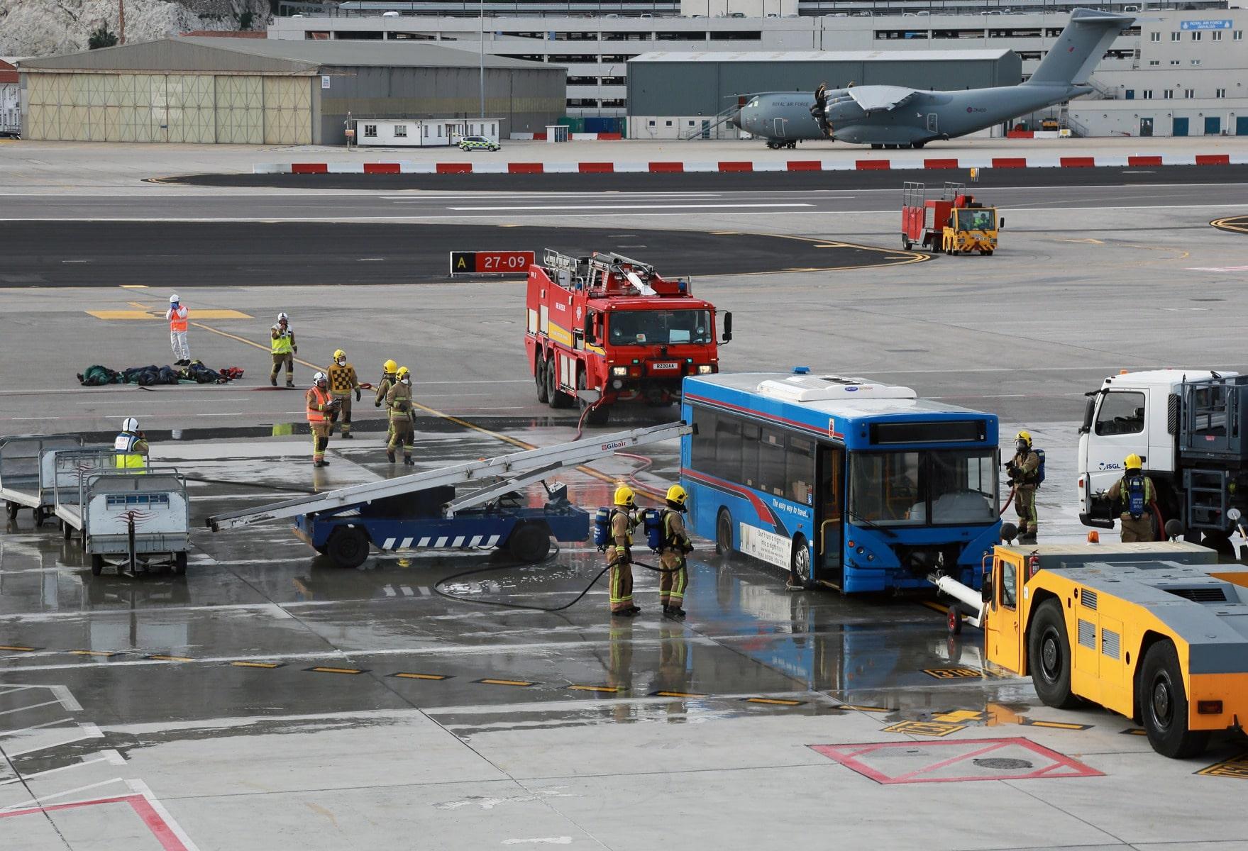 9-feb-2016-simulacro-de-acidente-areo-aeropuerto-de-gibraltar_24888685826_o