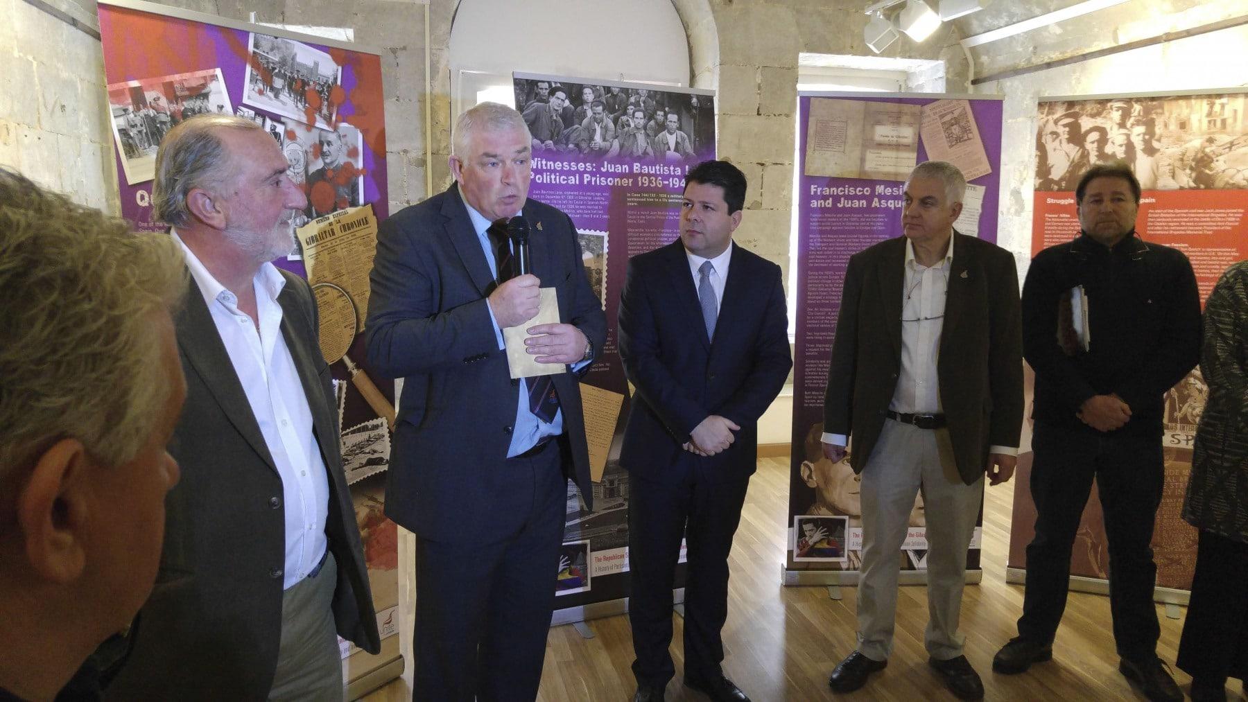 17-febrero-2015-exposicin-gibraltar-y-la-guerra-civil-espaola-24_24457980484_o