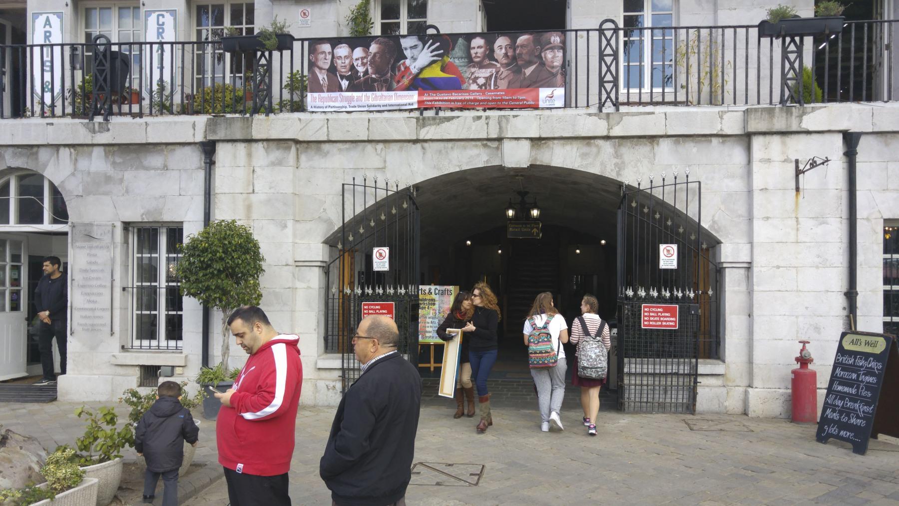 17-febrero-2015-exposicin-gibraltar-y-la-guerra-civil-espaola-42_24970469192_o