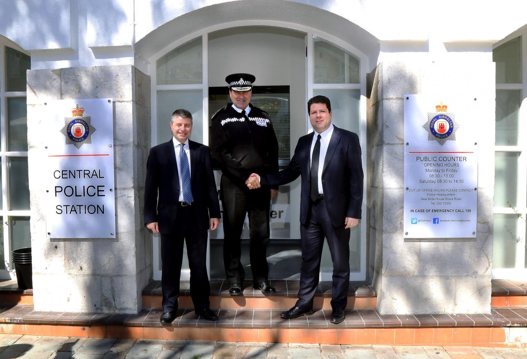02-mar-2016-inauguracin-omisara-de-polica-de-casemates_25125251529_o