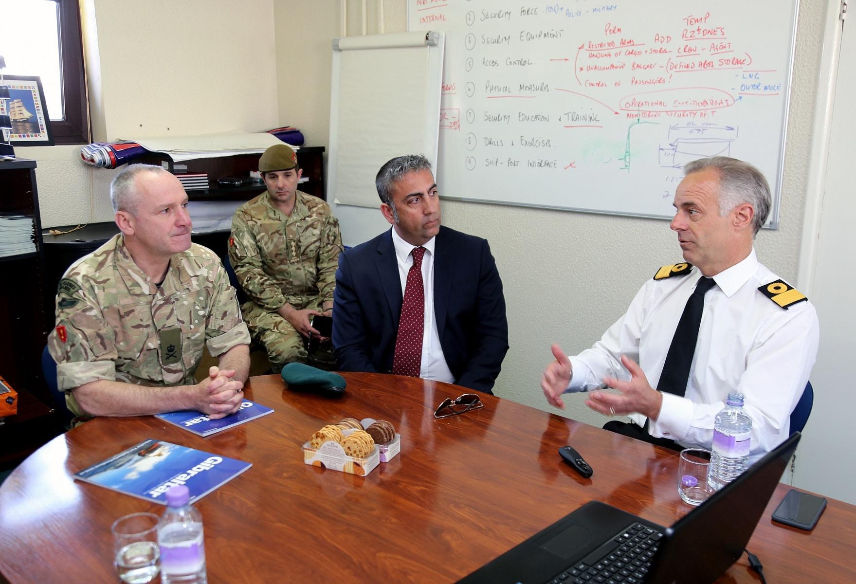 visita-oficial-del-gobernador-al-puerto-de-gibraltar_25549739864_o