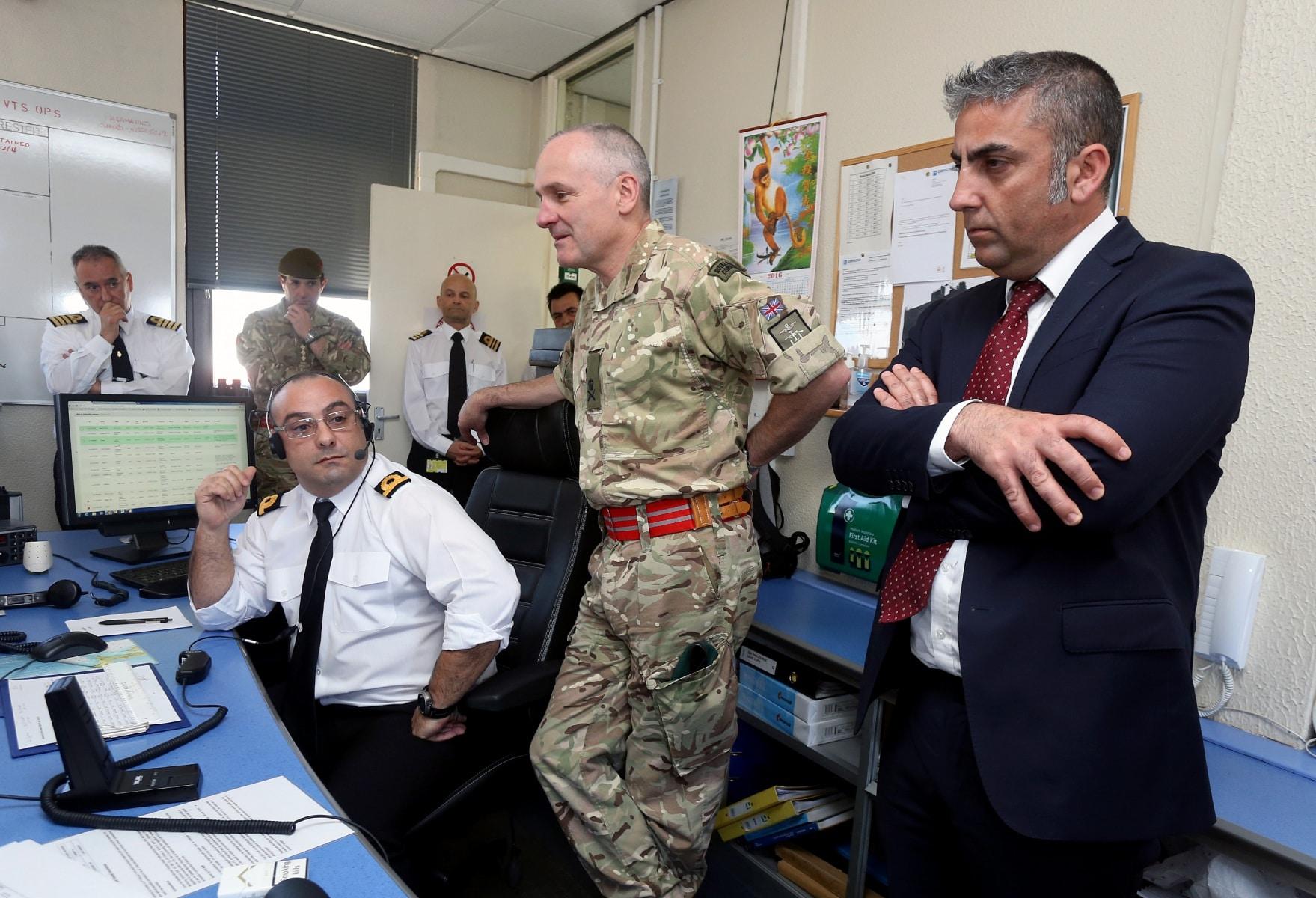 visita-oficial-del-gobernador-al-puerto-de-gibraltar_25549743524_o