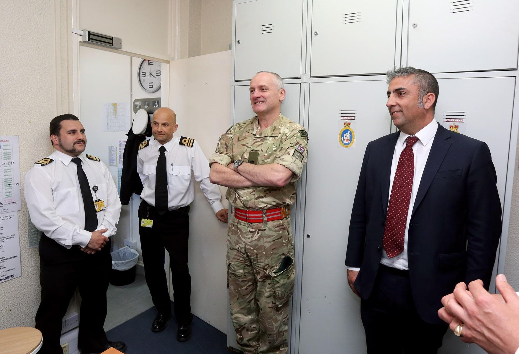 visita-oficial-del-gobernador-al-puerto-de-gibraltar_25549744404_o