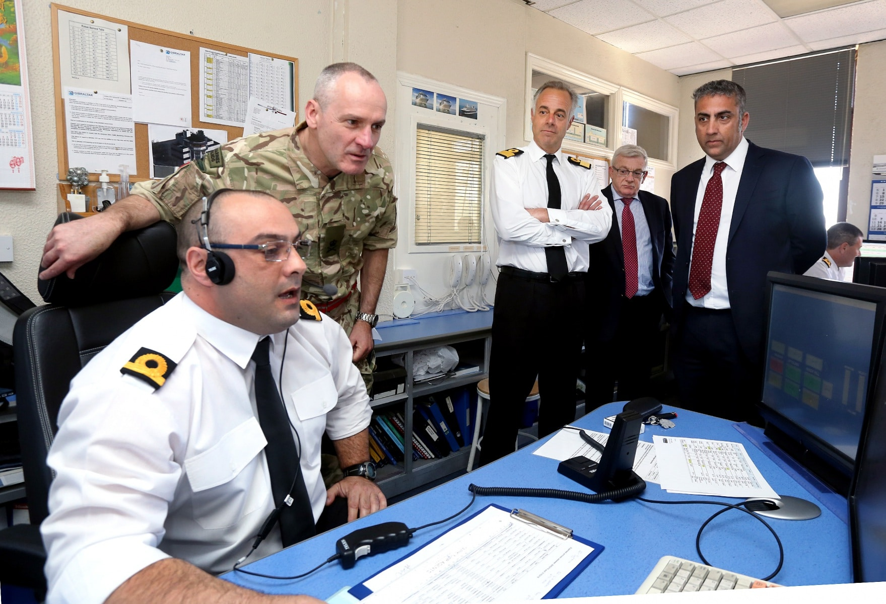 visita-oficial-del-gobernador-al-puerto-de-gibraltar_25551863003_o