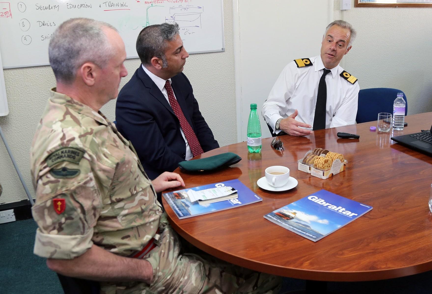 visita-oficial-del-gobernador-al-puerto-de-gibraltar_25881623510_o