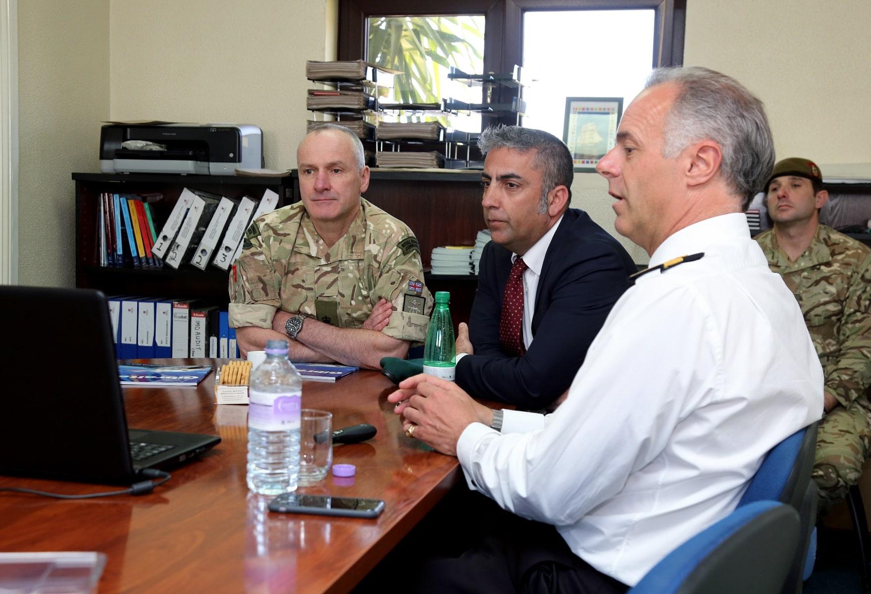 visita-oficial-del-gobernador-al-puerto-de-gibraltar_26062053582_o