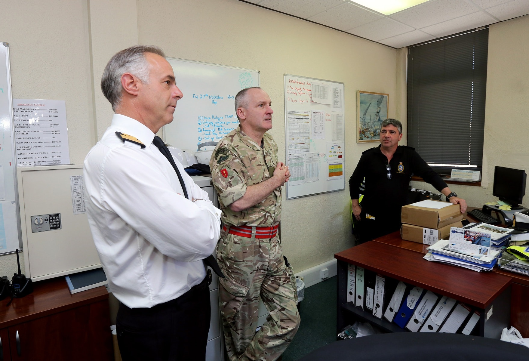visita-oficial-del-gobernador-al-puerto-de-gibraltar_26154508235_o