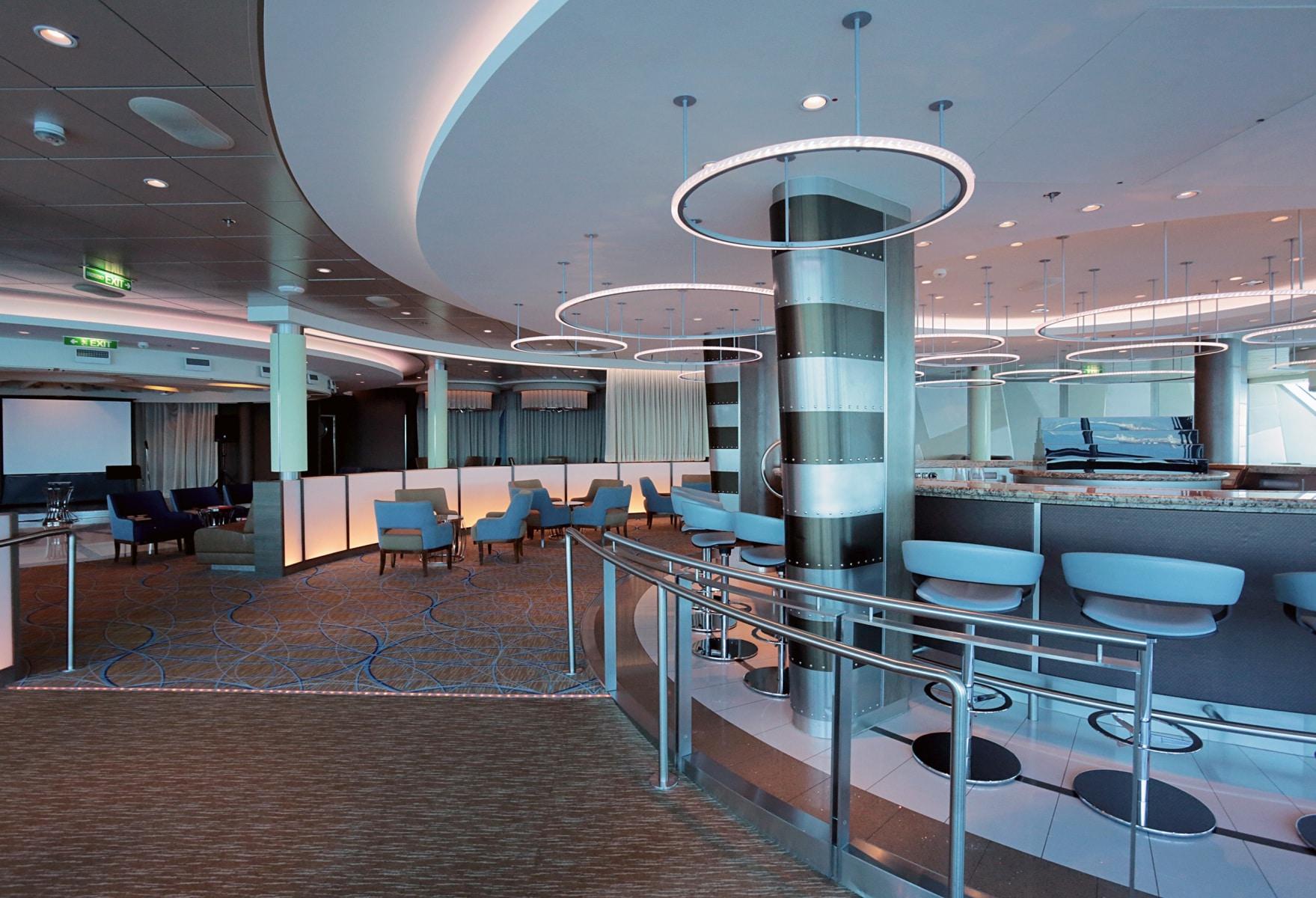 Escala-inaugural-del-crucero-Ovation-of-the-Seas-14