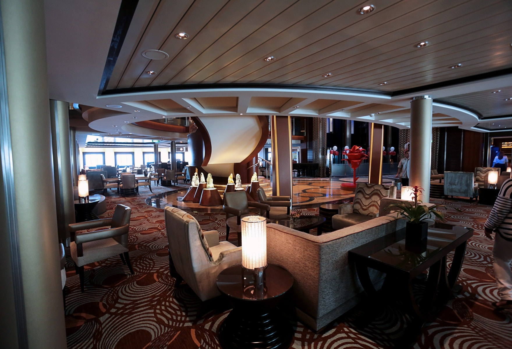 Escala-inaugural-del-crucero-Ovation-of-the-Seas-17