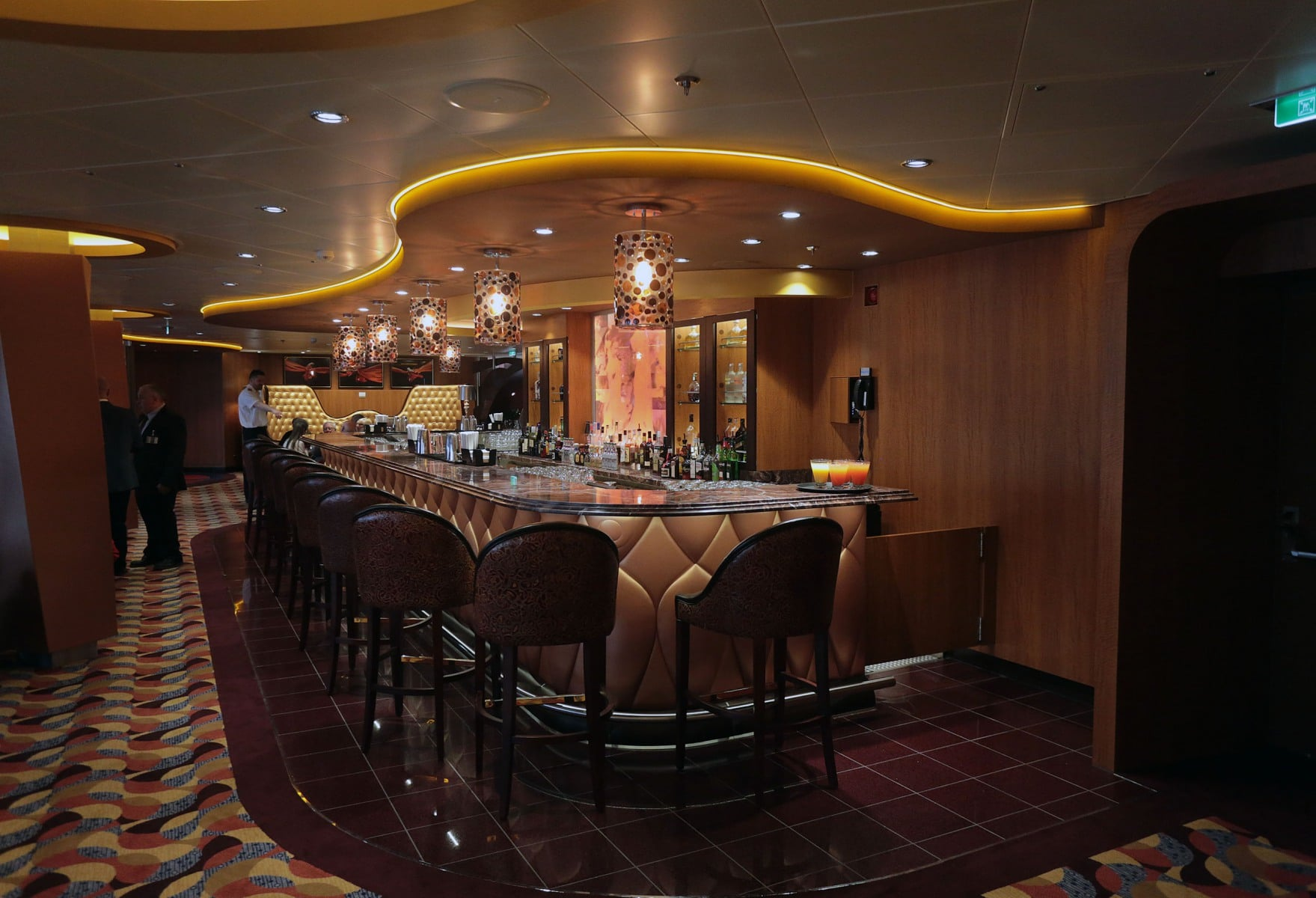 Escala-inaugural-del-crucero-Ovation-of-the-Seas-56