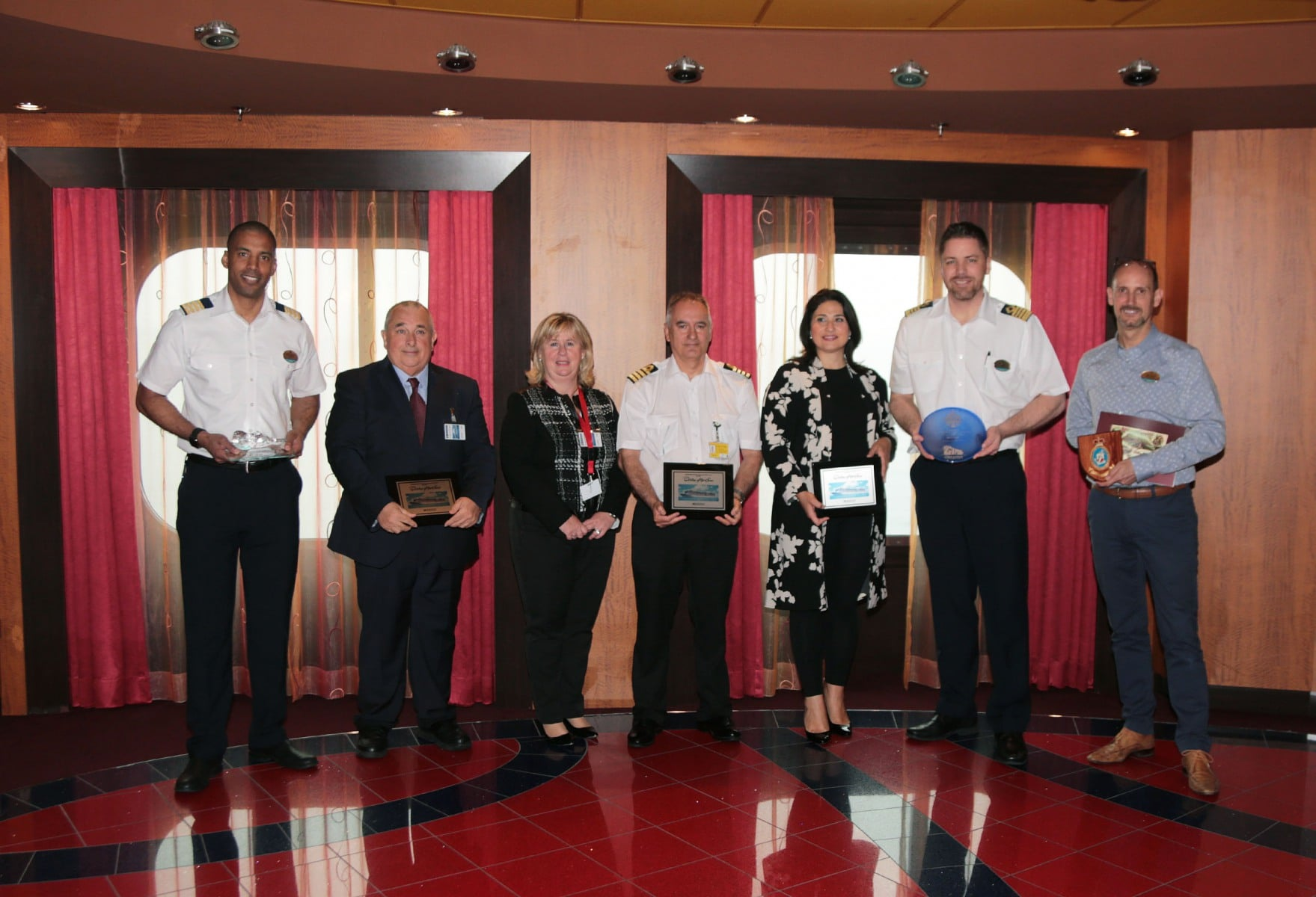 Escala-inaugural-del-crucero-Ovation-of-the-Seas-57