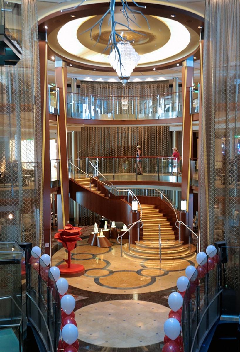 Escala-inaugural-del-crucero-Ovation-of-the-Seas-91