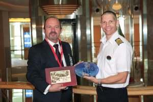 160510 Escala inaugural del crucero 'Jewel of the Seas'
