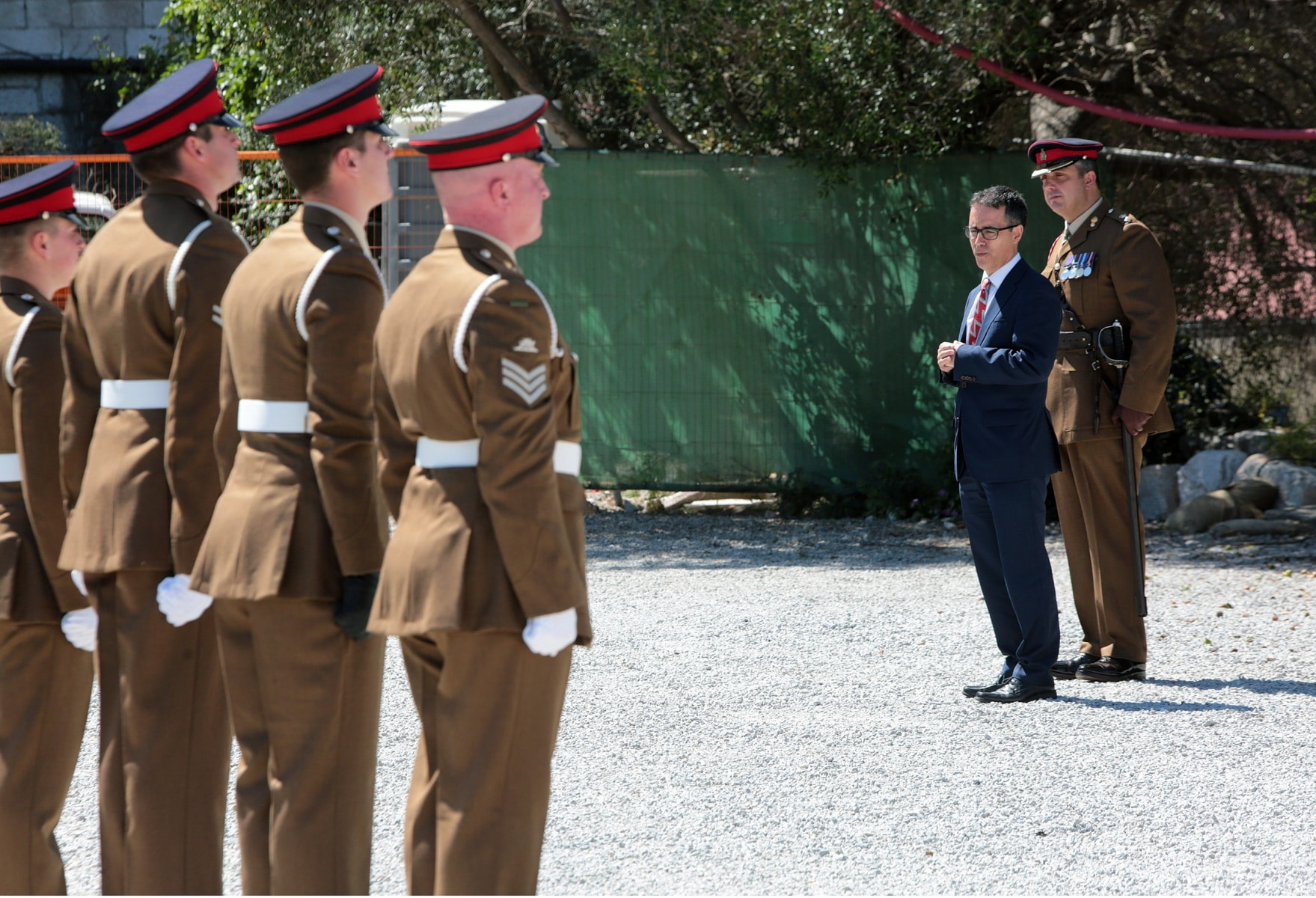 2-jun-2016-salvas-en-gibraltar-honor-al-aniversario-de-coronacin-de-la-reina_26808902224_o