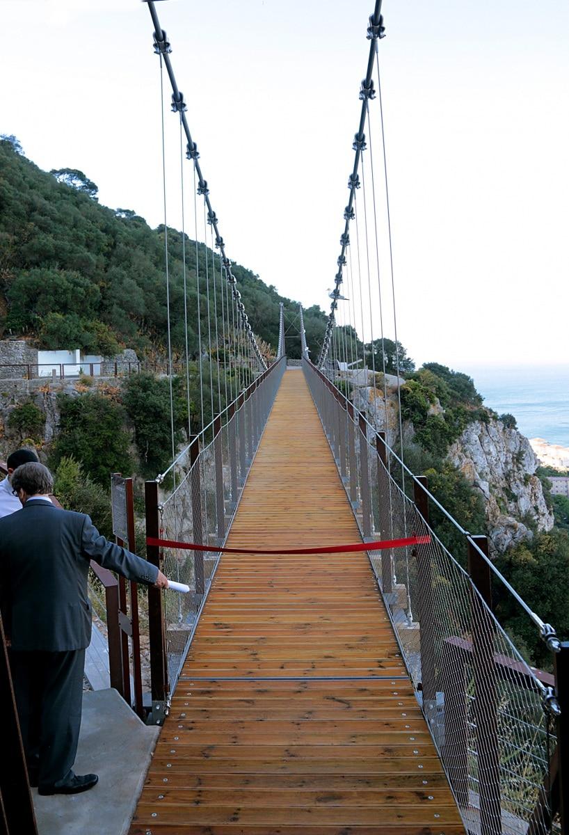 21-jun-2016-inauguracin-puente-colgante-en-la-reserva-natural-del-pen-de-gibraltar_27732842822_o