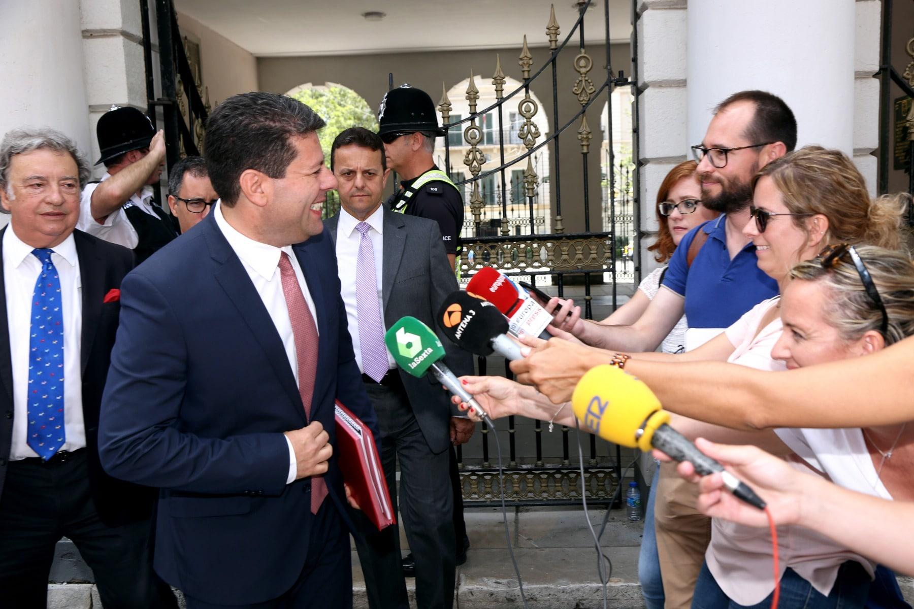 24-jun-2016-comparecencia-de-fabin-picardo-en-el-parlamento-de-gibraltar-tras-referndum-permanencia-ru-en-ue-12_27802391921_o