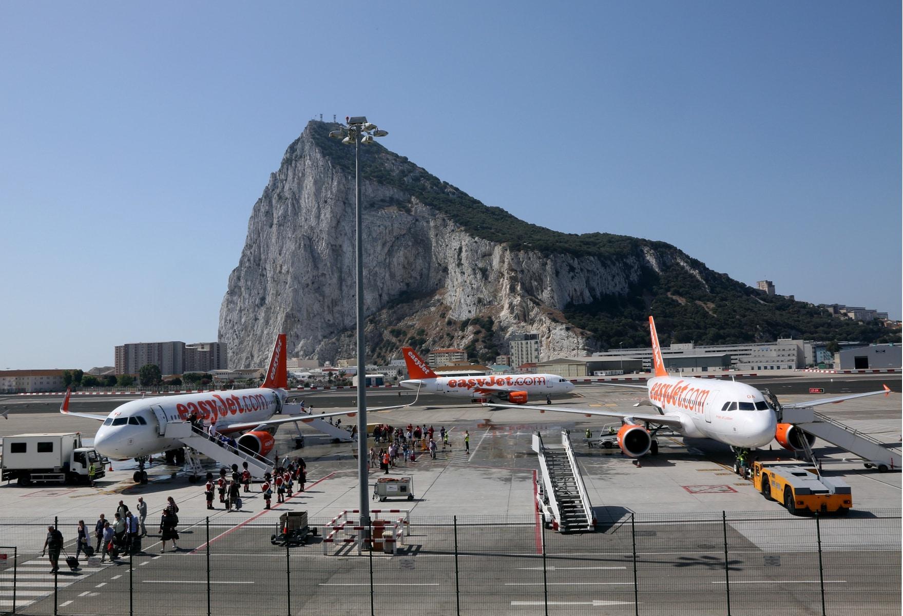 nueva-ruta-area-gibraltar-manchester_27467413543_o
