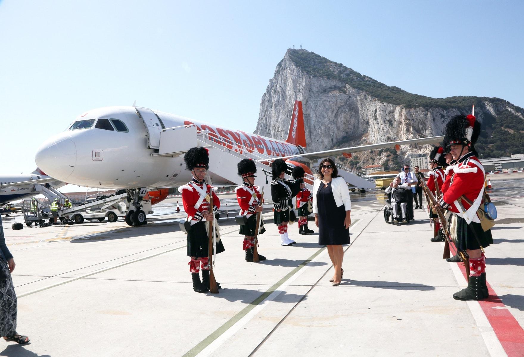 nueva-ruta-area-gibraltar-manchester_27468189664_o