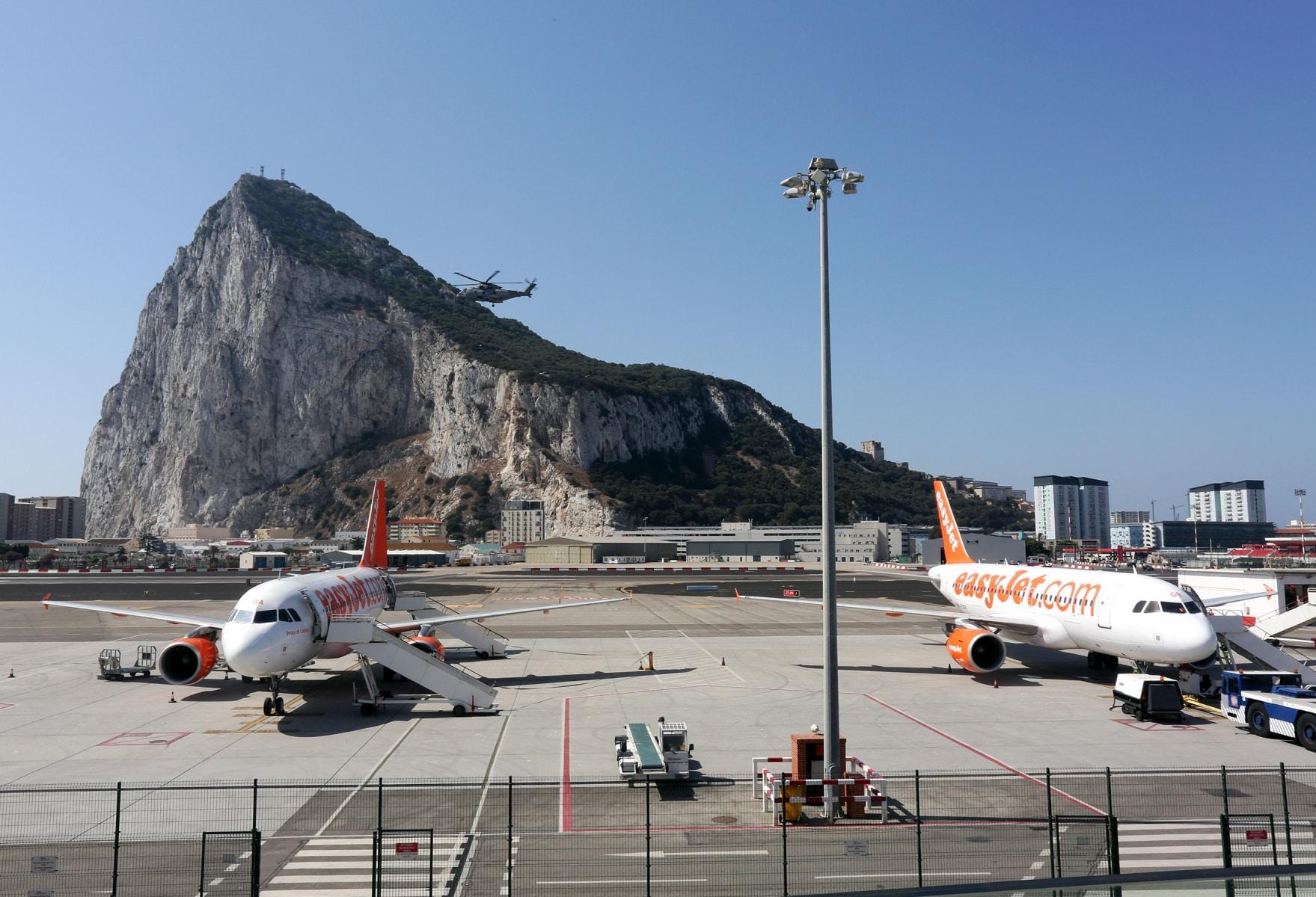 nueva-ruta-area-gibraltar-manchester_27468335024_o