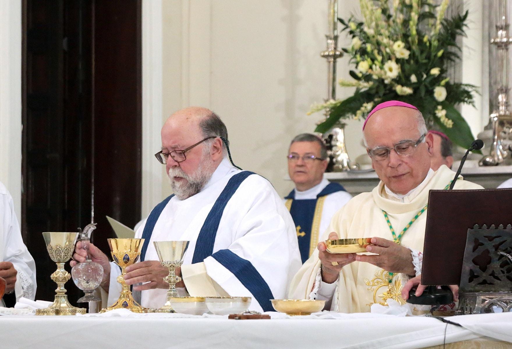 24-sep-2016-toma-de-posesin-de-carmelo-zammit-del-cargo-de-obispo-de-gibraltar_29876090591_o