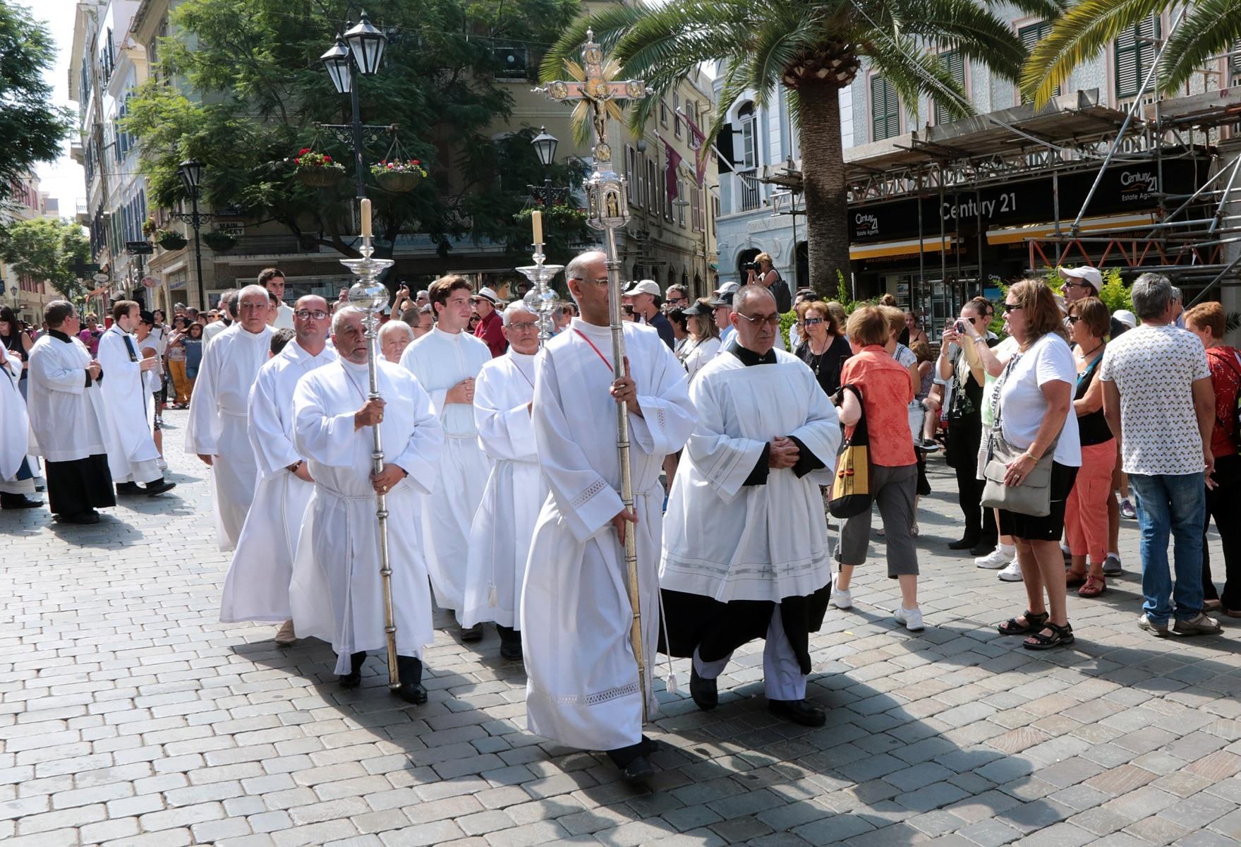 24-sep-2016-toma-de-posesin-de-carmelo-zammit-del-cargo-de-obispo-de-gibraltar_29959236515_o