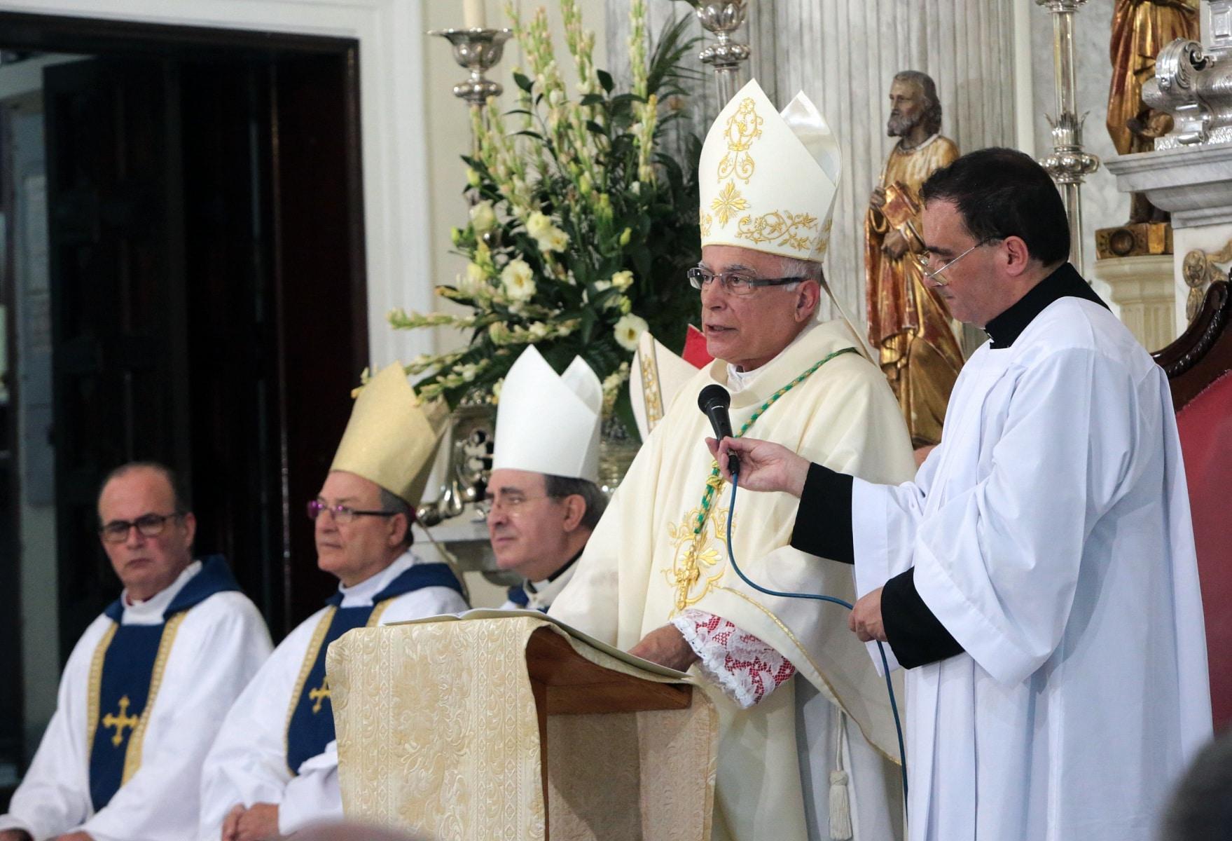 24-sep-2016-toma-de-posesin-de-carmelo-zammit-del-cargo-de-obispo-de-gibraltar_29959236915_o