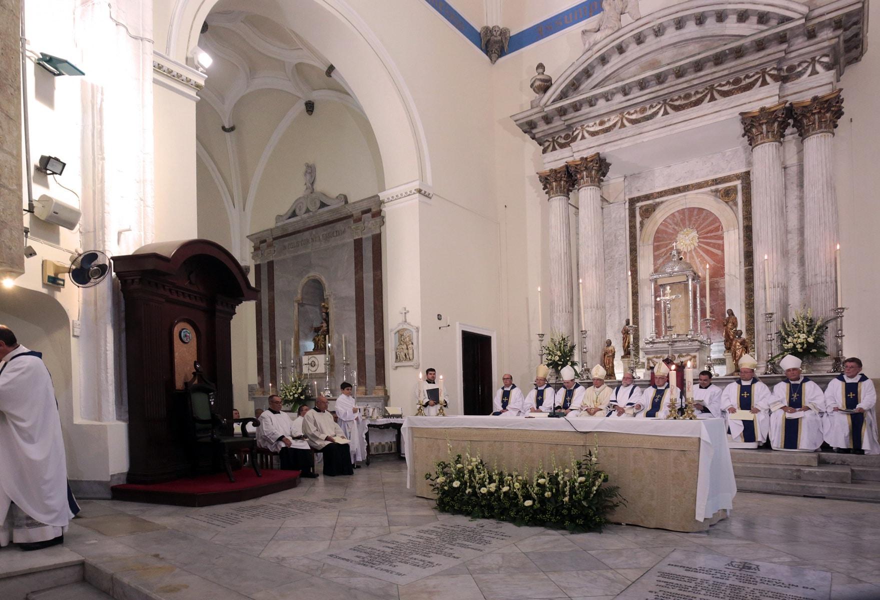 24-sep-2016-toma-de-posesin-de-carmelo-zammit-del-cargo-de-obispo-de-gibraltar_29959237725_o