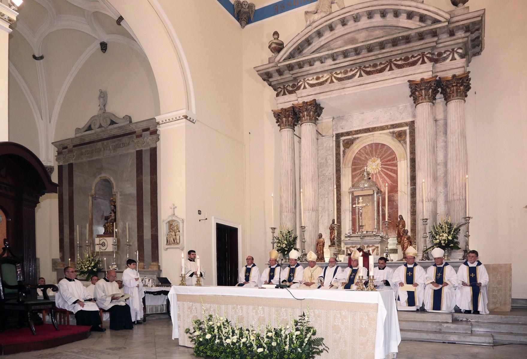 24-sep-2016-toma-de-posesin-de-carmelo-zammit-del-cargo-de-obispo-de-gibraltar_29959238165_o