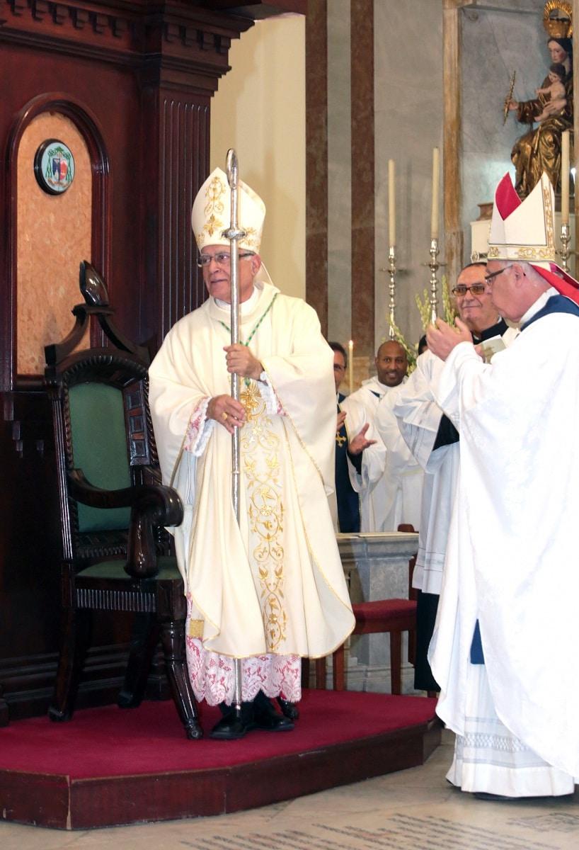 24-sep-2016-toma-de-posesin-de-carmelo-zammit-del-cargo-de-obispo-de-gibraltar_29959249905_o