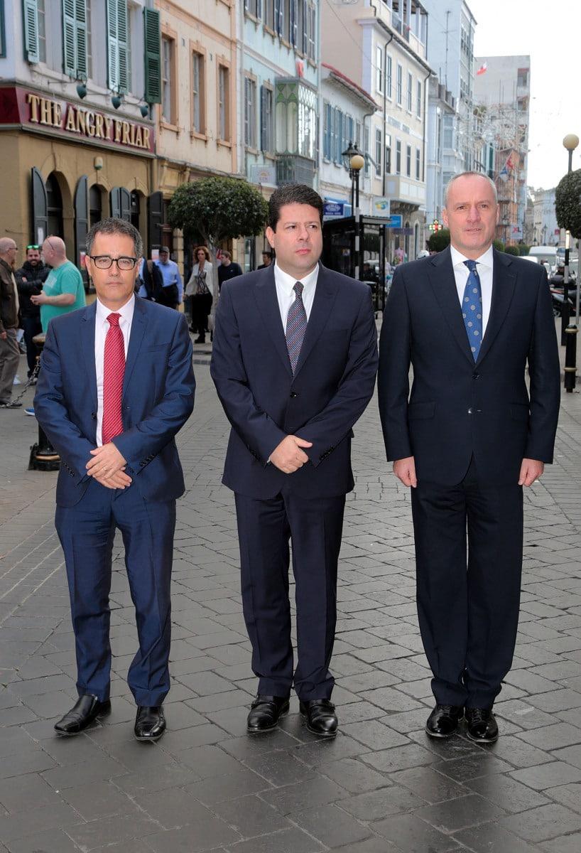 gibraltar-recuerda-a-las-vctimas-de-los-ataques-de-pars_30679844830_o
