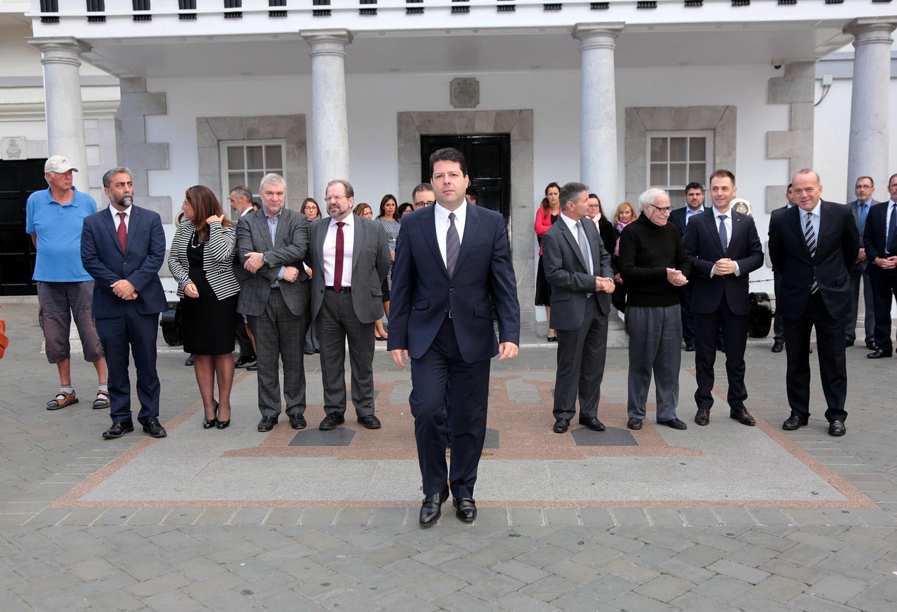 gibraltar-recuerda-a-las-vctimas-de-los-ataques-de-pars_30946107156_o