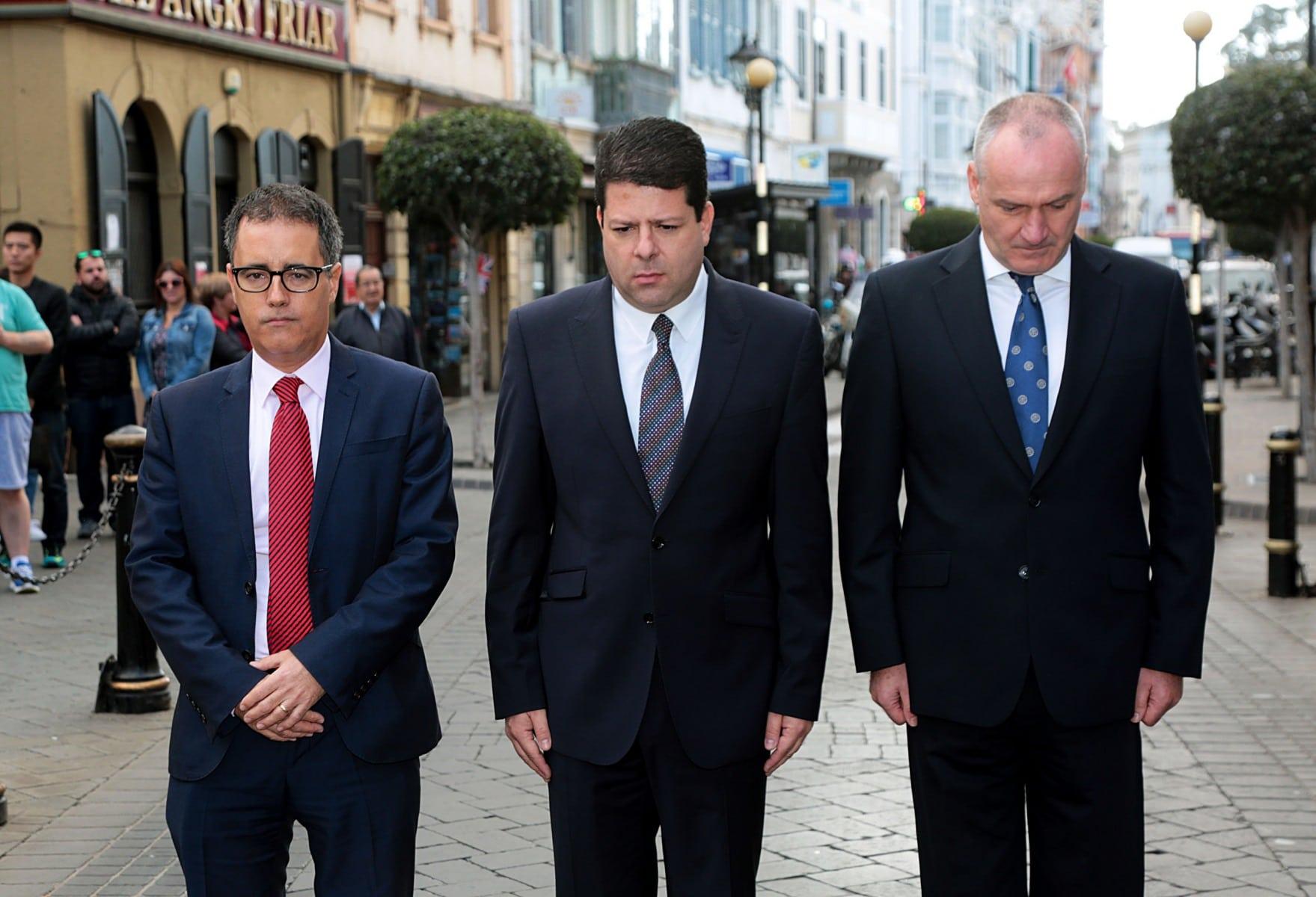 gibraltar-recuerda-a-las-vctimas-de-los-ataques-de-pars_30981594115_o