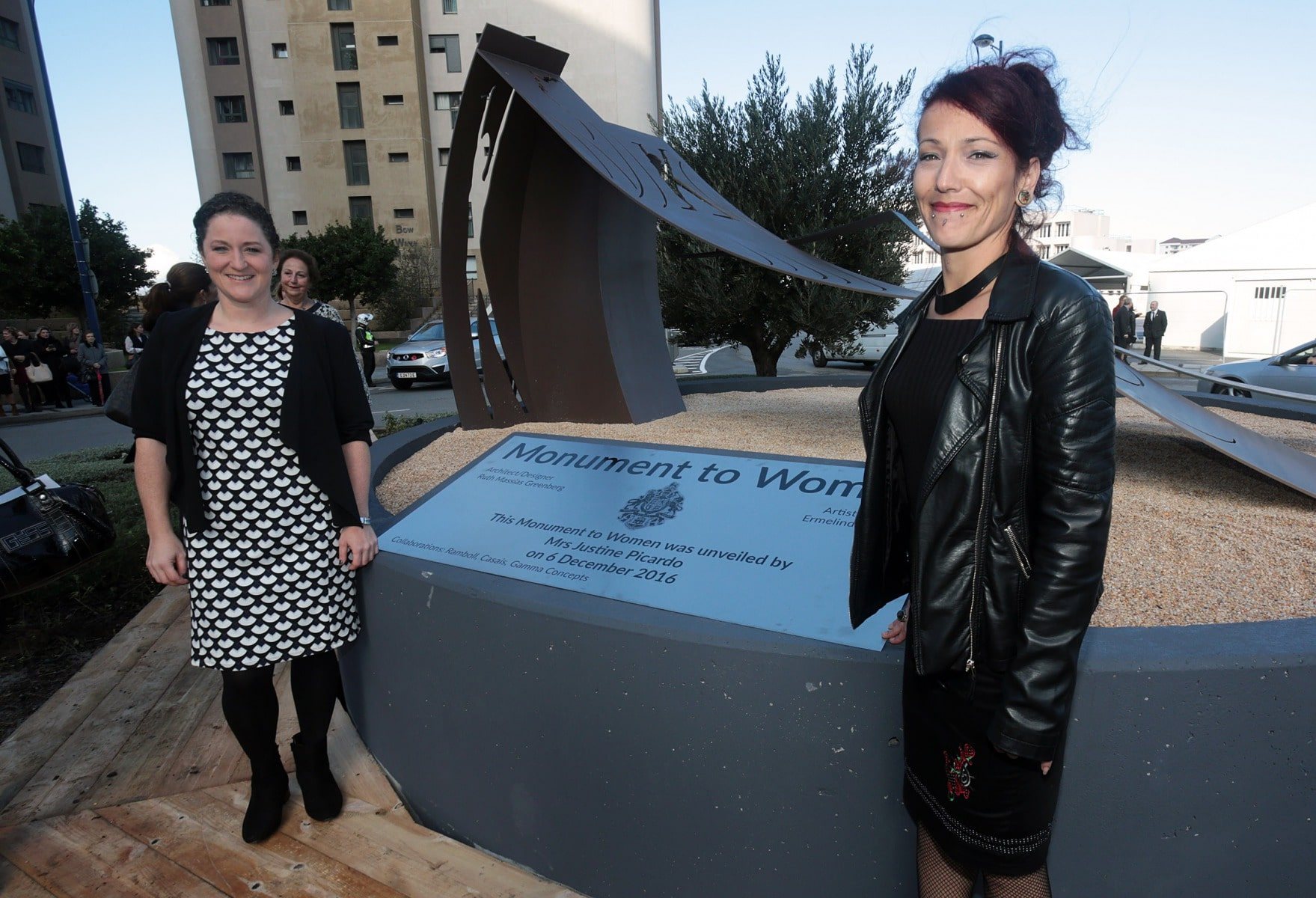 inauguracin-del-monumento-a-la-mujer-en-gibraltar_30656124643_o