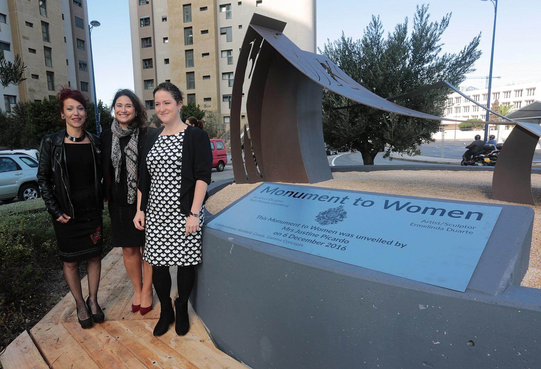 inauguracin-del-monumento-a-la-mujer-en-gibraltar_31093428910_o